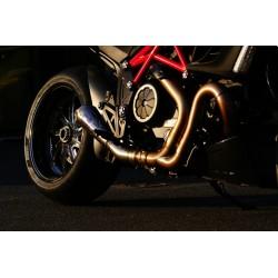 Escape Racefit en titanio para Ducati Diavel