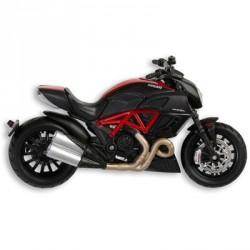 Maqueta oficial Ducati Diavel Escala 1:18